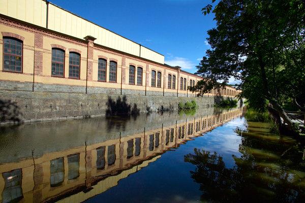 Industribyggnad.