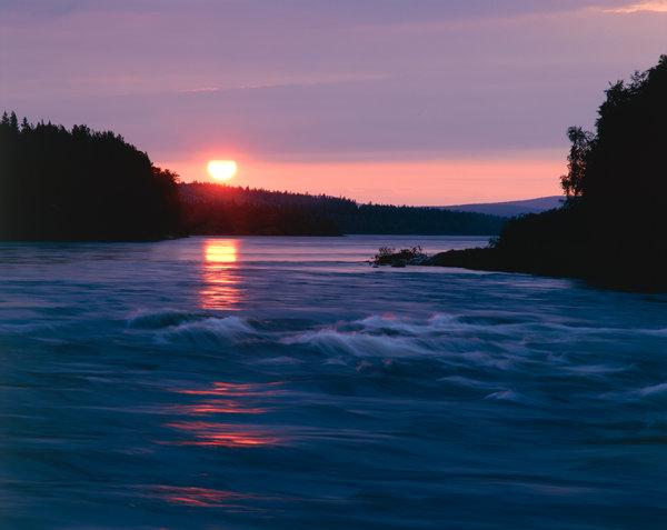 Solnedgång vid Kalix älv.