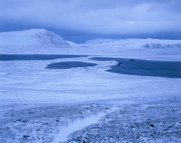 Vinterlandskap i fjällen.