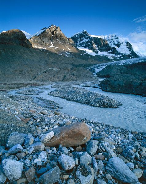 Stenlandskap vid Athabasca glaciären.