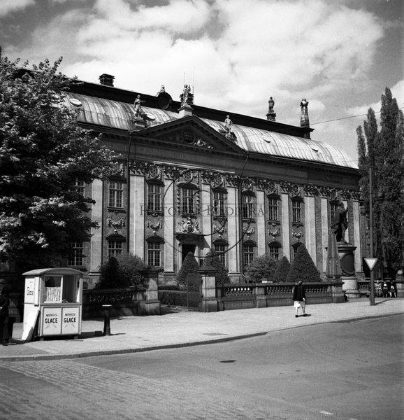 Karl Sandels Collection