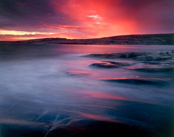 Ljus i kustlandskap.