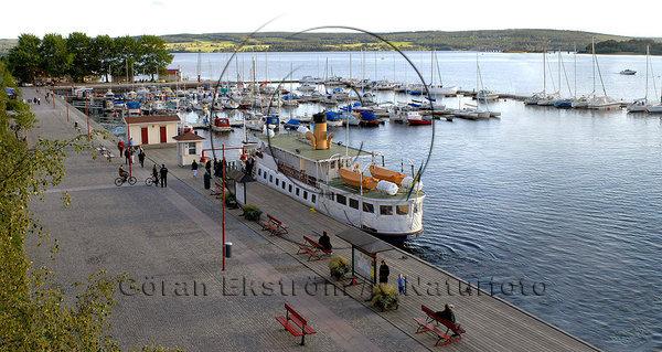 Östersunds hamn, med båten Thomée i förgrunden