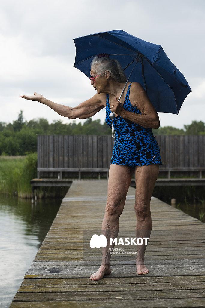 baddräkt för äldre damer