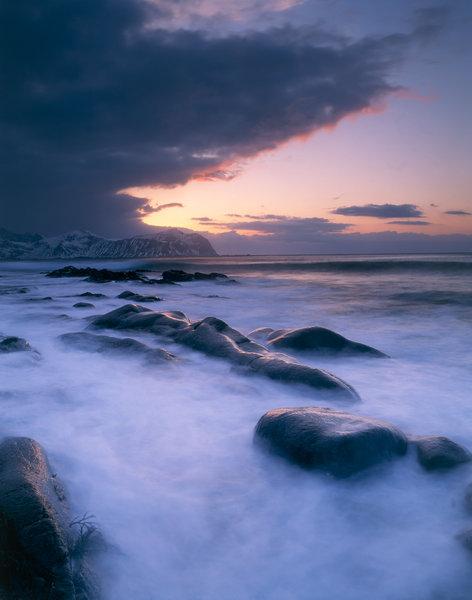 Solnedgång vid kusten.