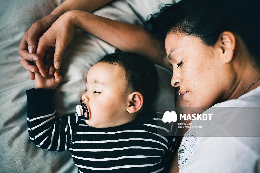 Lesbisk ensamstående mamma